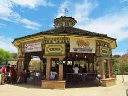 IEShine Tom s Farms Corona Petting Zoo Carousel good