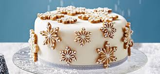 How to make a spiced snowflake christmas cakeJuliet Sear explains how to  create this head-turning yet relatively straightforward Christmas cake.