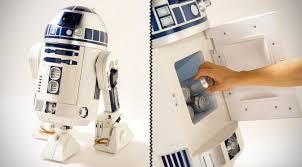 R2d2 Vending Machine Awesome This Lifesize R48D48 Is Actually A Mini Fridge And A HD Projector In