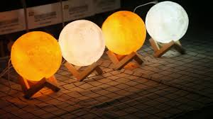 <b>880ML Air Humidifier</b> 3D Moon Lamp light Oil Diffuser - YouTube