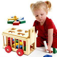Quà 1/6: Những món đồ chơi giúp tăng trí thông minh cho bé 7 tháng