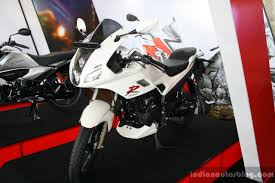 Hero Karizma R Fornt Three Quarter At The 2014 Colombo Motor Show