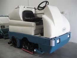 reconditioned tennant 7300 rider floor scrubber