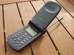 first motorola cell phone. 1997 \u2013 motorola startac first cell phone