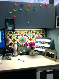 Office cubicle decoration themes Decorating Contest Cubicle Decoration Spiritualhomesco Cubicle Decoration Themes Cubicle Cubicle Decoration Themes Green
