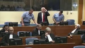 Ex Jugoslavia, Ratko Mladic condannato all'ergastolo per il genocidio di  Srebrenica - la Repubblica