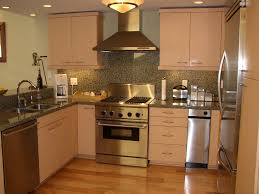Is Travertine Good For Kitchen Floors Travertine Tile For Backsplash In Kitchen Beige Seamless Granite