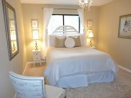 check light bulbs and thoroughly clean the guest room 45 ideas for the ultimate guest room