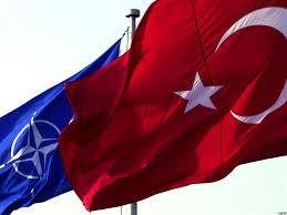 ΝΑΤΟ: Γιατί πρεμούρα διακηρύξεων υποστήριξης της Τουρκίας;