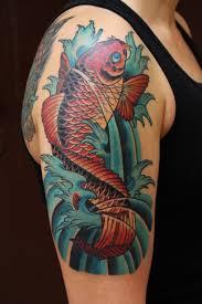 фото тату красный карп в воде татуировки и эскизы японский карп кои
