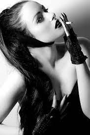 Quand le glamour s'invite dans le noir et blanc | fénoweb