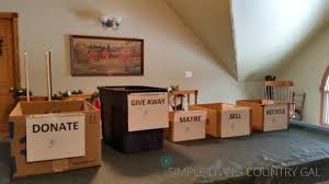 de clutter declutter your home one day at a time simple living