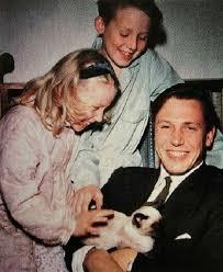 Susan Attenborough David Attenborough Daughter Age Wiki And Children