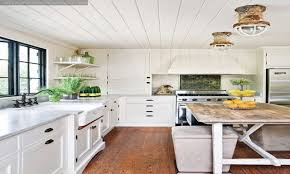 White Washed Wood Ceiling Whitewashed Ceiling The Whitewash Is Applied Like Regular Paint