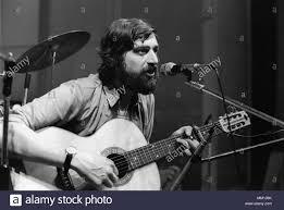 Der Liedermacher Francesco Guccini im Konzert, Mailand (Italien), 1975  Stockfotografie - Alamy