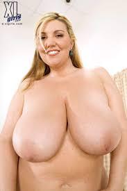 363 best Big girls Big boobs images on Pinterest