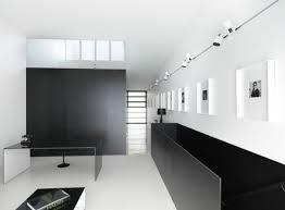 track lighting design. minimalistinteriorswithalonggallerywallilluminated track lighting design