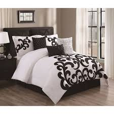 the designer style comforter infuses its elegant design and ambiance to your bedroom set includes