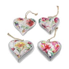 1x small vintage fl wooden painted hanging hearts 10cm