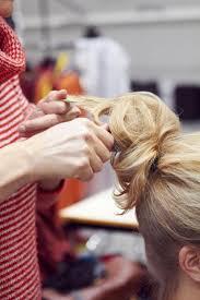 Opsteekkapsel Met Haarband Libelle