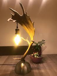 Geweih Tischlampe Von Der österreichischen Manufaktur Oh My