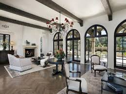 best 25 mediterranean living rooms ideas