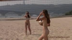 Nikki Hunter Nude Beach   XVIDEOS COM Metro