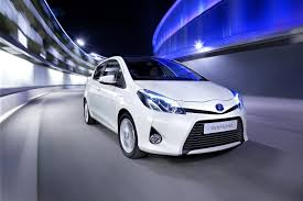 New Toyota Yaris Hybrid Priced Under £15,000, Returns up to 80.7 ...