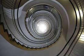 Diese sind an keinem punkt gewendelt, die stufen verfügen daher über die gleiche auftrittsbreite und form. Deckendurchbruch Und Treppe Einbauen Estatika Die Ingenieure