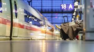 Unser newsticker zum thema bahn streik enthält aktuelle nachrichten von heute donnerstag, dem 15. Lokfuhrer Beenden Streik Db Zuge In Sachsen Rollen Wieder Nach Plan Mdr De
