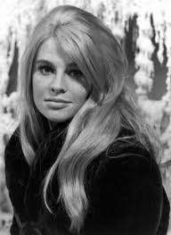 Julie Christie....makes me go misty (I know...that damn song) - julie-christie