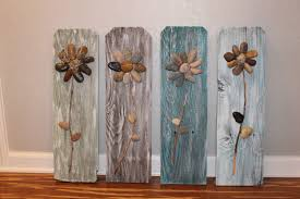 art culos similares a muestra de madera reciclada rock 3d flores vallado reciclada madera recuperada r stico home decor arte colgante de pared  on rock art wall hanging with muestra de madera reciclada rock 3d flores por csquaredcustoms