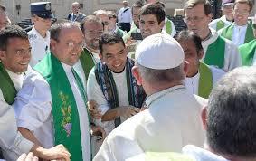 Resultado de imagem para Transformações no mundo justificam novas diretrizes para formar padres