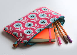 cosmetic bag tutorial my pencil case makes a good deal and also looks pretty you should not take more than an hour to cut and choose fabric