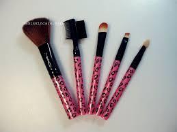 makeup brushes with diy makeup brush holder