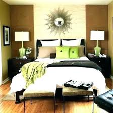 Fascinating Green Brown White Bedroom Ideas Decorating Easter Eggs ...