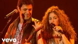 Shakira - La Tortura (Live) - YouTube
