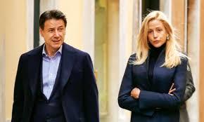Giuseppe Conte in crisi con la compagna Olivia Paladino ? Ecco le foto che  allontanano i sospetti