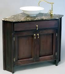 corner vanity with moron emperodor top