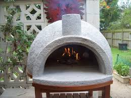 learn how to build a pizza oven