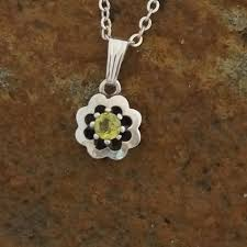 925 sterling silver flower pendant set with yellow green sapphire 4 5 mm stunning lime