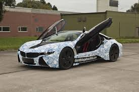 BMW i8 Hybrid Sports Coupe Spied Testing on the Snow [with Videos]