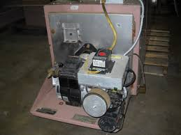 reznor page these waste oil heaters are equiped air reznor venturion model 225 this late model low hour ductable 225 000 btu reconditioned reznor furnace comes a meter pump on board air compressor