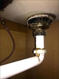 bathtub leaking through ceiling medium size of water leaking from ceiling under bathroom inspirational how to fix bathtub drain leaking ceiling