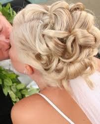 Прически курсовая Прически мода  Прически курсовая наращивание волос низкие цены холодное и горячее наращивание волос модные причёски для подростков девочек наращивание волос 70