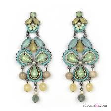 chandelier earrings with green clover in glass beads