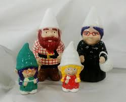 personalised family gnomes garden