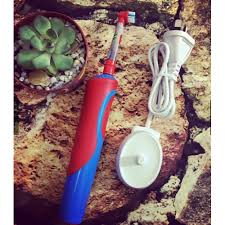 Bàn chải điện Oral B Vitality Kids Frozen Power Brush xách tay Úc