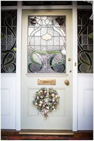 Kate Avery Flowers Christmas Wreath Workshop at Millbridge Court - Philippa  Sian Photography   Natural Light & Bright Wedding & Lifestyle Photographer