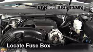 replace a fuse 2007 2013 chevrolet tahoe 2013 chevrolet tahoe 2011 tahoe fuse box diagram at 2013 Tahoe Fuse Box